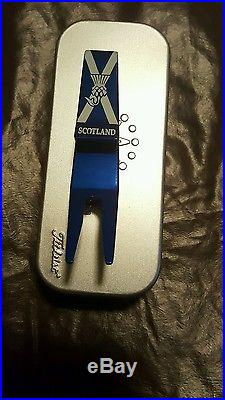 2015 British Open Scotty Cameron headcover and pivot tool