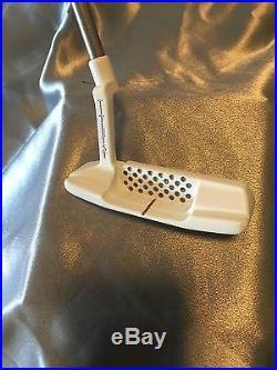 Custom White Scotty Cameron Newport 2 Tei3 With Silver Shaft Matching Pivot Tool