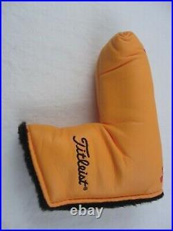 Golf YELLOW Titleist Scotty Cameron Studio Blade Putter Head Cover withDivot Tool