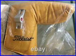 RARE Scotty Cameron 2006 CIRCA62 YELLOW Putter Cover with Pivot Tool