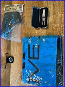 Scotty Cameron Grove Set Headcover, Marker, Divot tool, Towel