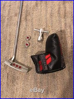 Scotty Cameron Newport 2.5 withheadcover withweights &tool Authentic excellent cond