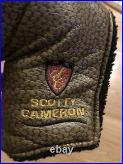 Scotty Cameron Studio Stainless Newport 2.5 With Vintage Headcover And Divot Tool