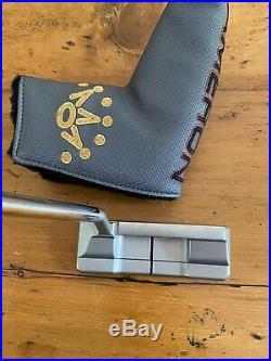 Titleist Scotty Cameron 35 Squareback 1.5 with Headcover & Divot/Pivot Tool